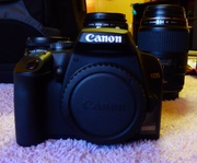 CANON DIGITAL SLR CAMERA & ACCESSORIES FOR SALE